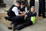 Polisi tangkap 400 pengunjuk rasa tolak kebijakan