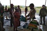 Mabes Polri bantu beras untuk warga terdampak COVID-19 di Kabupate Nduga