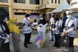 PGRI dan guru Barito Utara peduli bantu pasien COVID-19