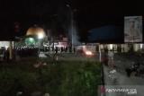 Situasi terkini di Sultra, hingga Selasa malam demo menolak kedatangan 500 TKA masih berlangsung