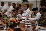 Presiden Jokowi nyatakan setiap kebijakan penanganan COVID-19 dibuat berdasarkan data