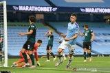 Manchester City gulung tamunya Burnley 5-0 dalam laga tanpa penonton