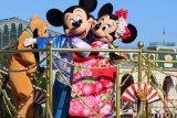 Pekerja Disneyland protes rencana pembukaan kembali