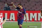 Rakitic membawa Barcelona sementara duduki puncak klasemen lagi