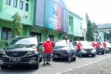 Komunitas Wuling Cortez berikan paket sembako untuk balai rehabilitasi sosial