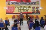Polda Papua edukasi pencegahan COVID-19 warga Kampung Warbo Keerom