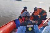 Niat ambil ember di perahu sambil naik sepotong gabus, justru wanita penjual ikan kecemplung ke laut hingga tewas