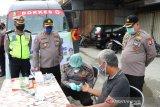 Polda Sulteng lakukan rapid test acak di dua pasar Kota Palu