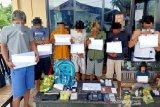 Polisi ringkus delapan pelaku narkoba dengan babuk hampir 1 kilogram