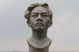 Lima patung pahlawan ada di berbagai titik kawasan Monas