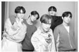 CIX tunda merilis album karena Jin-young cedera