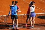 Dominic Thiem sesalkan insiden para pemain berpelukan di Adria Tour