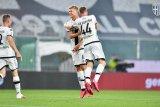 Dua gol menit akhir membuat Derby Emilia-Romagna berakhir imbang 2-2 di Stadion Ennio Tardini