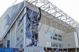 Fans usil taruh foto Osama bin Laden di stadion Leeds United
