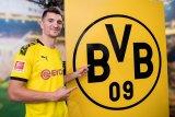 Borussia Dortmund menggaet Thomas Meunier dari PSG
