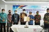 Bank Nagari dan Pemkot Padang tandatangani perjanjian kerja sama e-retribusi pasar