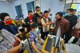 Sidak DPRD Riau ke SMAN 8 diwarnai protes polemik PPDB zonasi
