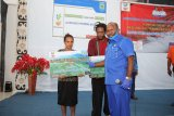 469 warga distrik Kobakma Mamberamo Tengah terima Bantuan Sosial Tunai