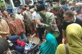 Bupati upayakan lapangan sepak bola di kampung Indra Sjafri bebas abrasi sungai (Video)