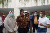 Pengunjung dan pembeli   di Pasar Atas Bukittinggi diminta  terapkan protokol kesehatan