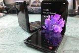 Samsung akan hadirkan dua ponsel layar lipat paruh kedua tahun ini