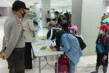 Positif COVID-19, dokumen seorang penumpang Garuda dari Jakarta