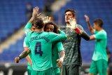 Assist Benzema lewat tumit, bawa Madrid menang 1-0 atas Espanyol