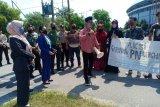 Vonis bebas tiga nelayan asing,  Hepematan geruduk PN Bengkalis