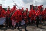 Ratusan massa PDIP Palembang minta usut tuntas kasus pembakaran bendera partai