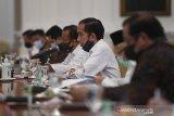 Presiden minta semua kepala daerah mempercepat pengucuran dana kesehatan dan bansos