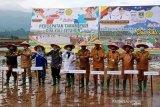 Wakil Gubernur Sumbar canangkan penanaman padi dua kali setahun di Talu Pasaman Barat