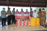 Polda Papua berikan sembako kepada umat Hindu Kota Jayapura