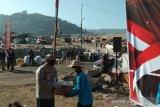 Korlantas Polri membagikan 501 paket sembako warga di TPST Piyungan