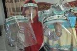 Beralih produksi masker dan 'face shield', UKM panen rezeki di musim pandemi