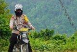 Warga pegunungan di Majene dapat bantuan bahan makanan pokok