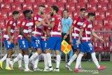Granada jaga peluang ke Eropa setelah menang 2-0 di kandang Alaves