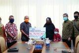 Wako Pangkalpinang serahkan santunan klaim BPJSTK kepada ahli waris nelayan