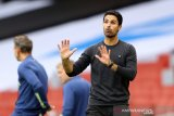 Mikel Arteta ingin Shokdran Mustafi tandatangani kontrak baru dengan Arsenal