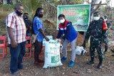 Pertamina serahkan bantuan peralatan bagi petani di Angkasa Jayapura