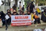 Aksi demo protes PPDB DKI berlanjut hingga ke Istana Merdeka