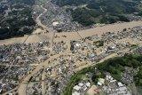 Hujan lebat hantam Kyushu Jepang sebabkan 13 orang hilang