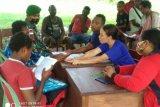 TNI di perbatasan bantu pendaftaran siswa baru SMPN Yanggadur