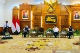 Menkopolhukam Mahfud MD tegaskan pemerintah pusat serius perhatikan Jawa Timur
