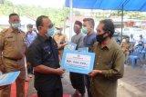 Pemkab Mamuju salurkan dana stimulus bagi 1.012 pelaku UMKM