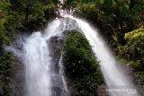 Nagari Sitalang Agam miliki air terjun tujuh tingkat punya daya tarik wisatawan