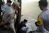 Di Baubau, ribuan bibit ikan dilepas awali gerakan cinta lingkungan
