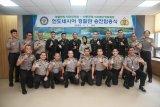 Enam perwira Kepolisian Indonesia terima kenaikan pangkat di Korea Selatan