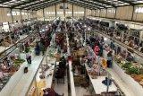 Pedagang mengeluhkan pembeli daging sapi di Gunung Kidul menurun