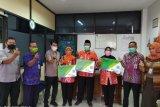 209 Pembantu Pelaksana KB Desa terima jaminan sosial ketenagakerjaan dari BPJAMSOSTEK Semarang Majapahit
