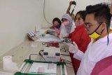 16 laboran siap operasikan laboratoium qPCR pool test di Kupang